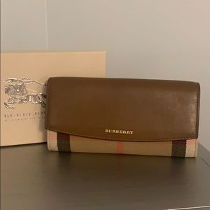 Burberry Porter Brown Leather Continental Wallet